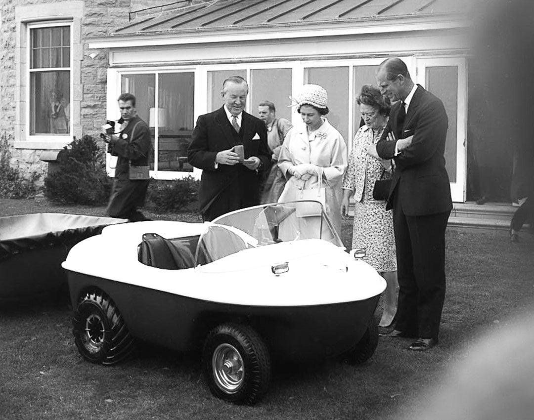 Queen Elizabeth small car