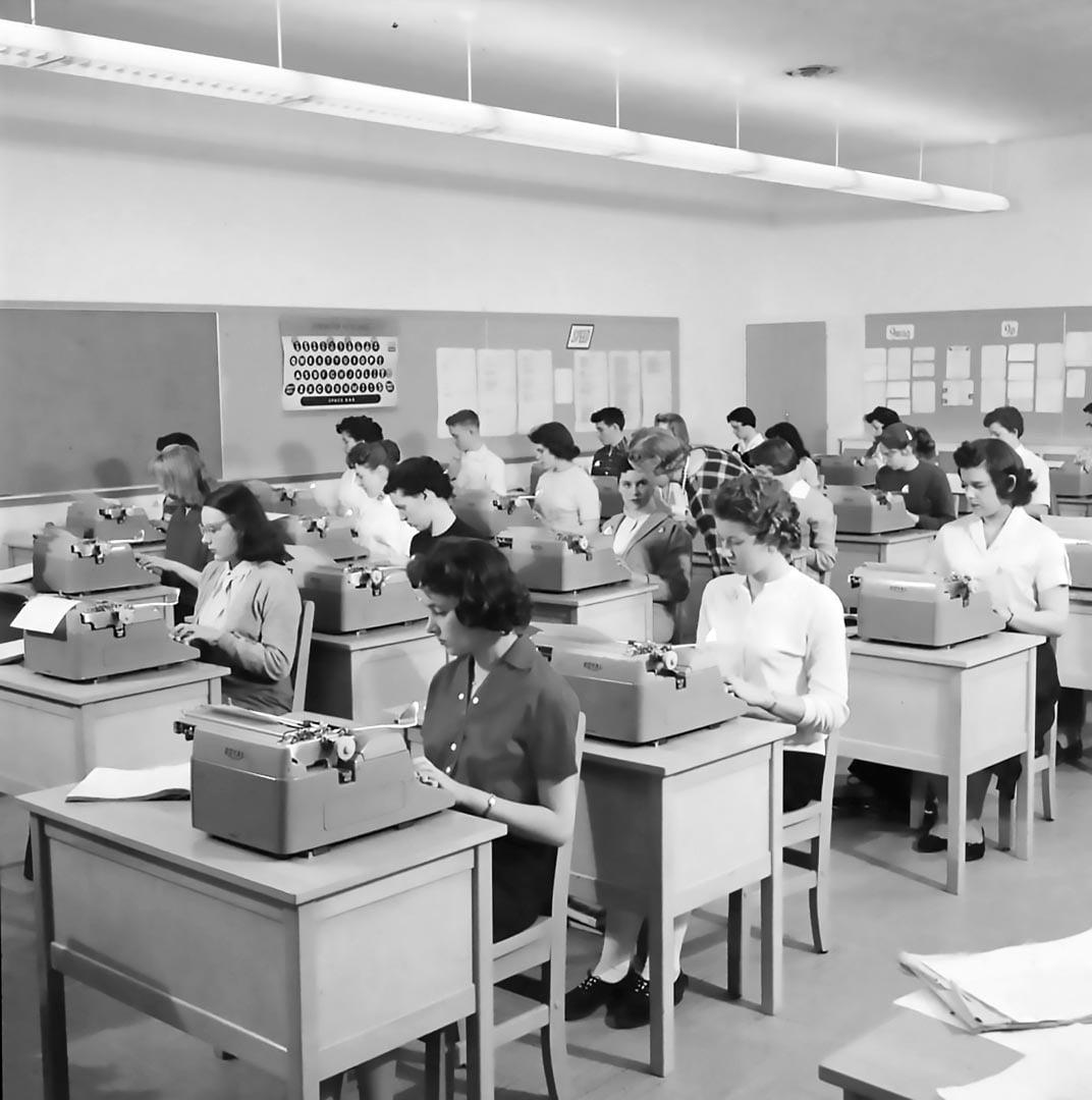 Typing Class Laurentian