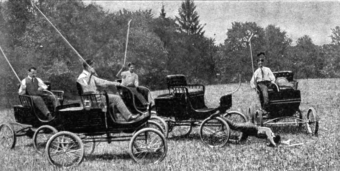 Playing Polo in a Mobile 1900